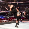 wwe-fastlane-2019-baron-corbin-bobby-lashley-e-drew-mcintyre-vs-the-shield-roman-reigns-seth-roll_28729.jpg
